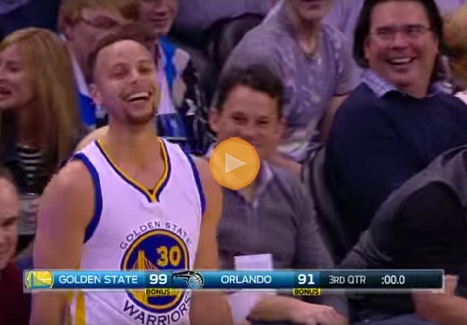 Stephen Curry es de otro planeta y mete triple desde la media cancha