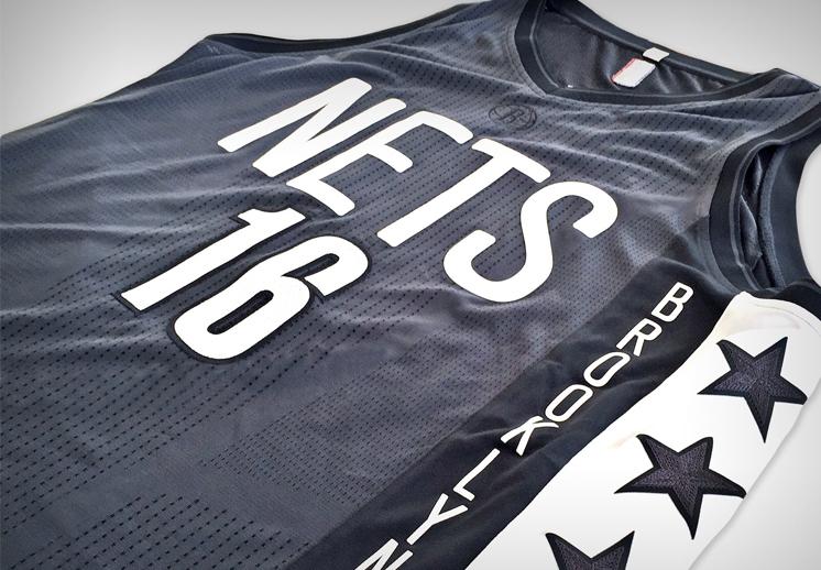 Nuevos uniformes de los Nets de Brooklyn