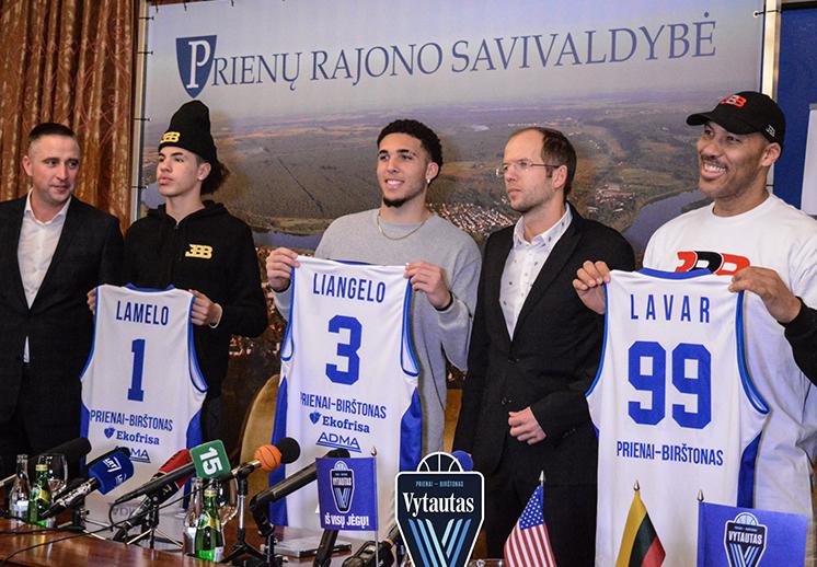 Los Ball llegaron a Lituania