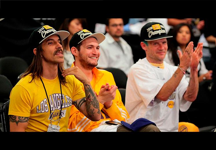 La pasión de los Red Hot Chilli Peppers por los Lakers