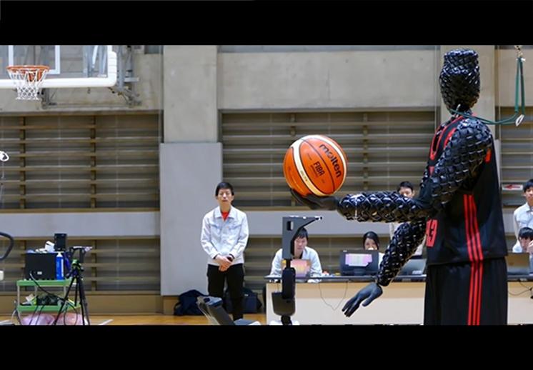 El robot que tira como Stephen Curry