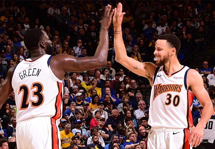 Los Warriors se despidieron de Oakland