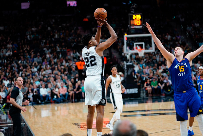 Spurs y Nuggets tienen un duelo a muerte