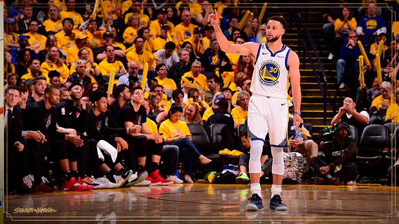 Stephen Curry comenzó encendido la Final del Oeste