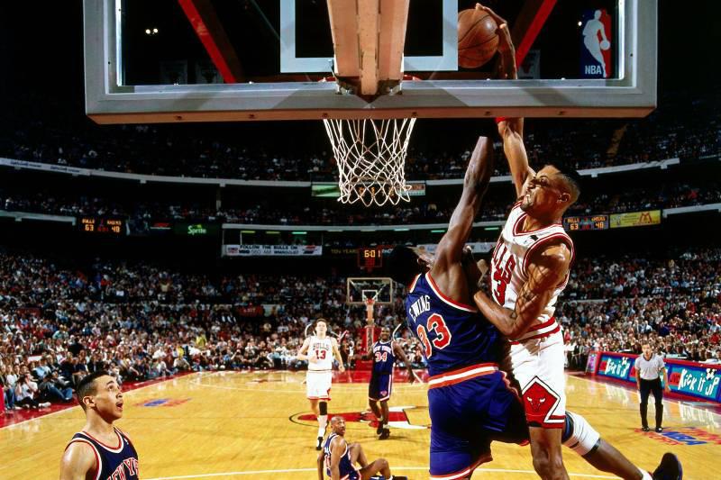 25 años del vuelo de Pippen sobre Ewing