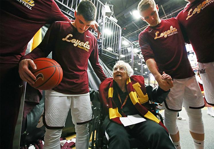 La hermana Jean, 100 años de pasión por el basquetbol